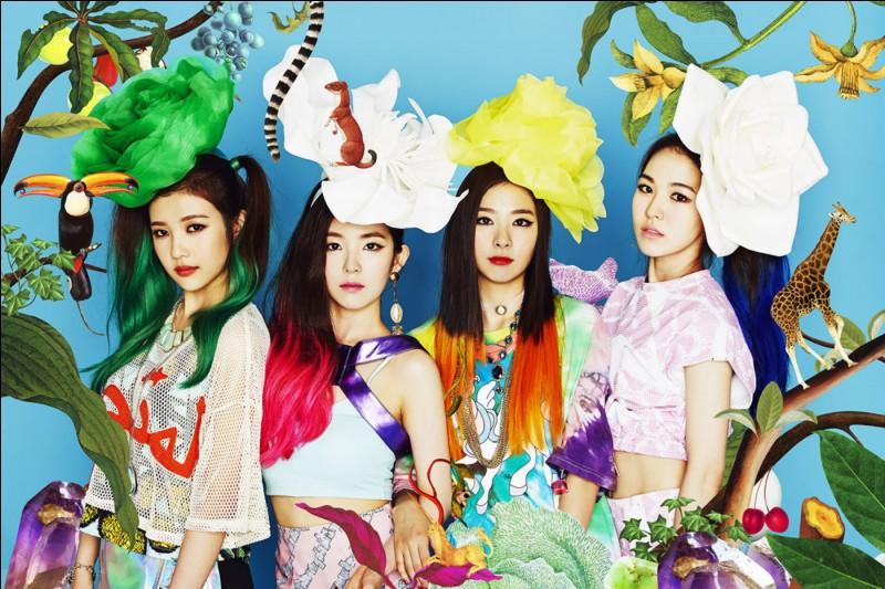 """Dans """"Happiness"""", de quelle couleur les cheveux de Wendy sont-ils ?"""